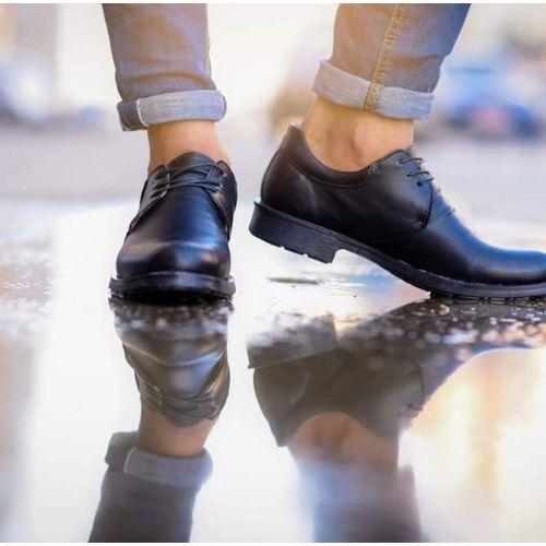 حذاء كوتشي رباط جلد - أسود