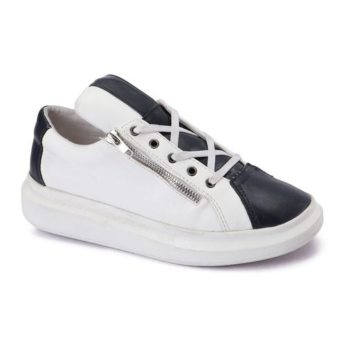 Trendy Sneakers - White & Blue