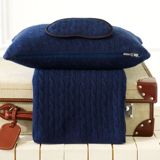 Cabled Cashmere Travel Set –  مصر