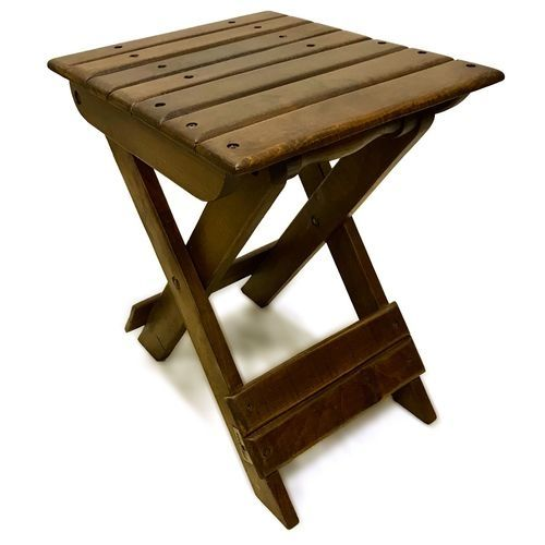 كرسي وطاوله خشب مع امكانية الغلق والفتح