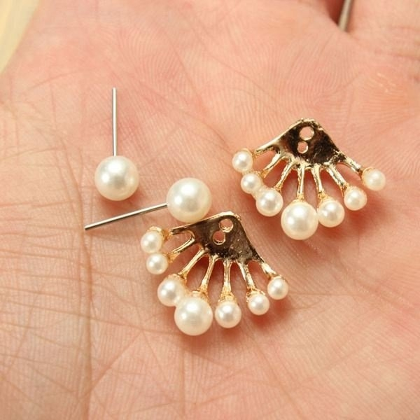 Lovely Pearl Ear Stud