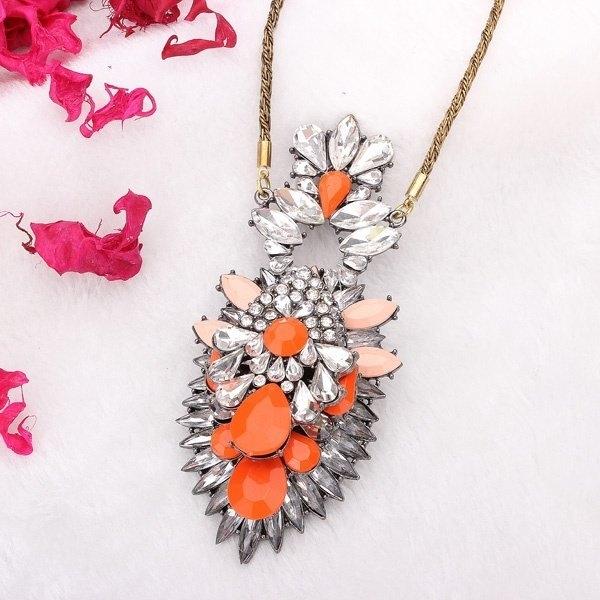 Big Flower Pendant Necklace