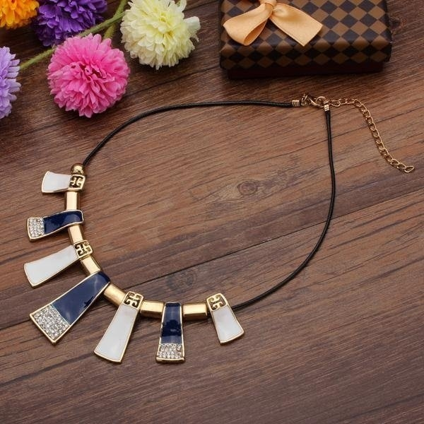 Irregular Geometric Statement Necklace
