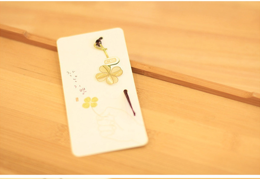 Golden Metal Bookmark Page Holder Lace Leaf Mini Hollow Out Stationery
