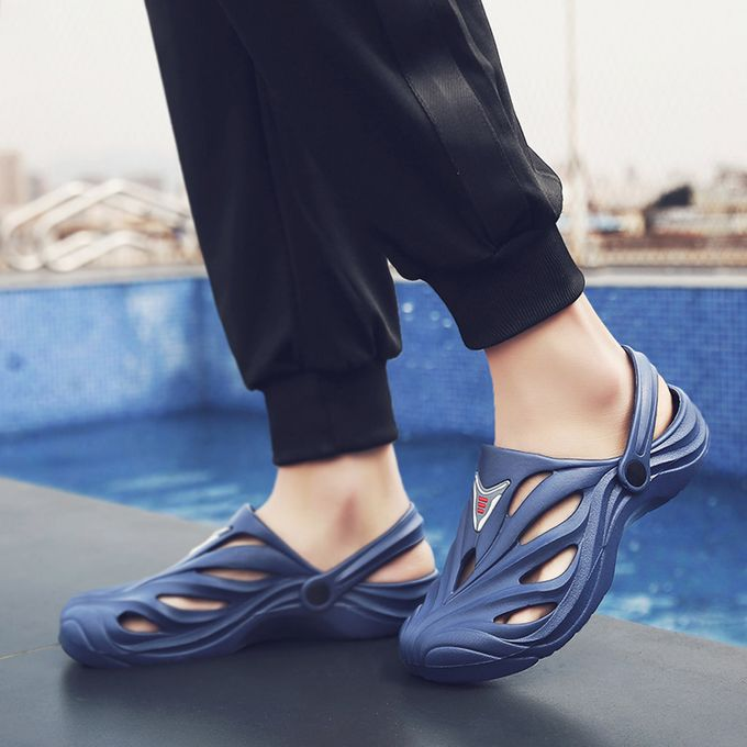 edfcf646105f8 Xiuxingzi Men Thick Bottom Slip-Proof Sandals Hollow Beach Shoes Couple  Leisure Hole Shoes