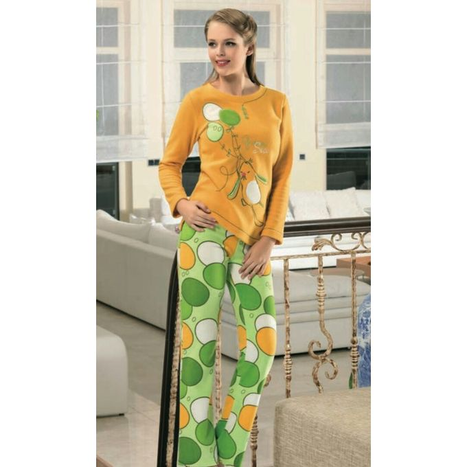 d5a5d6f4fd92 Sale on Velvet Winter Pajamas - Green   Mustared