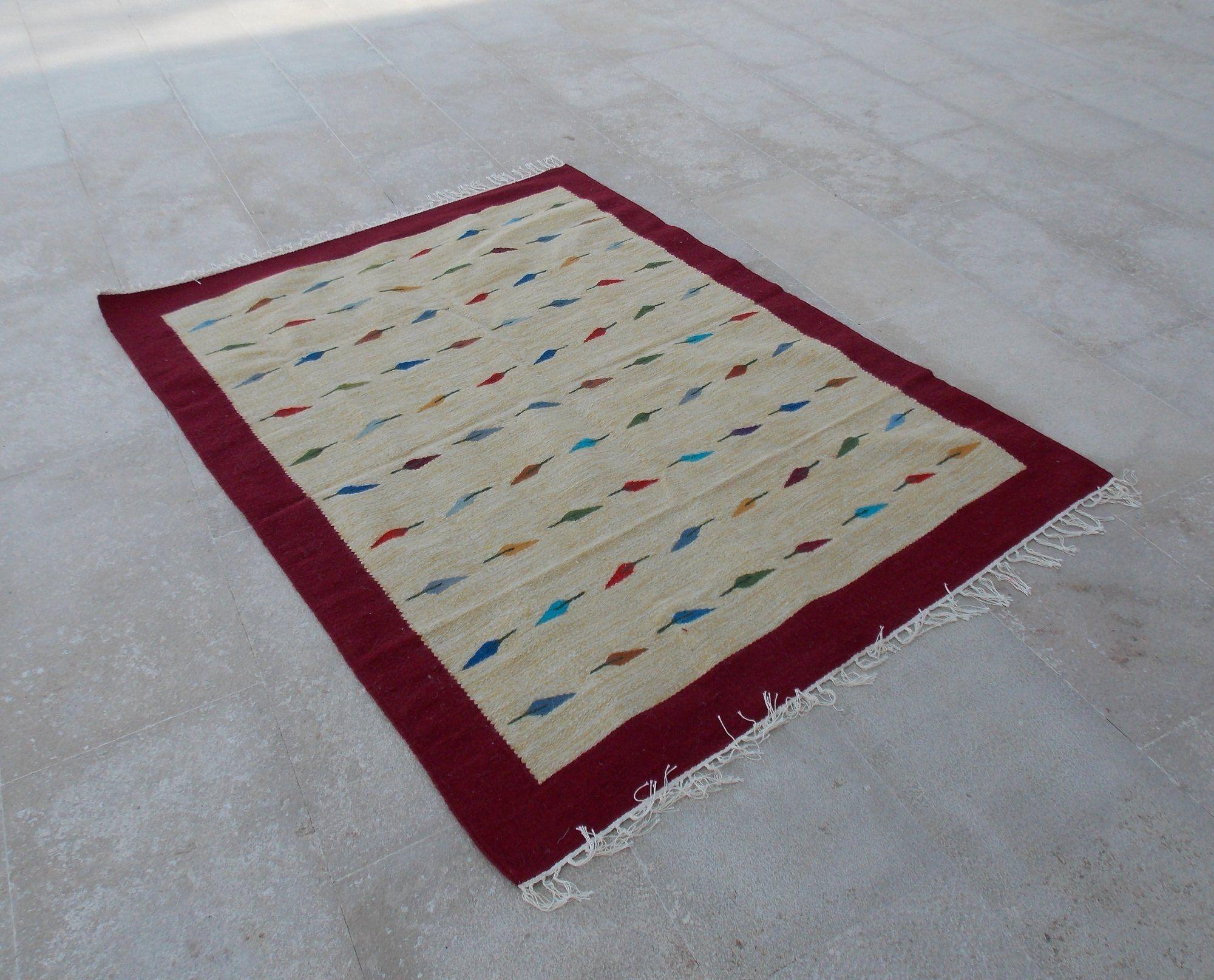 bd90643f7 Bazaar Misr كليم منسوج يدوي مقاس 150 * 200 سم صوف - قطن - مناسب لغرفة  المعيشة - نبيتي - بيج- ورق شجر