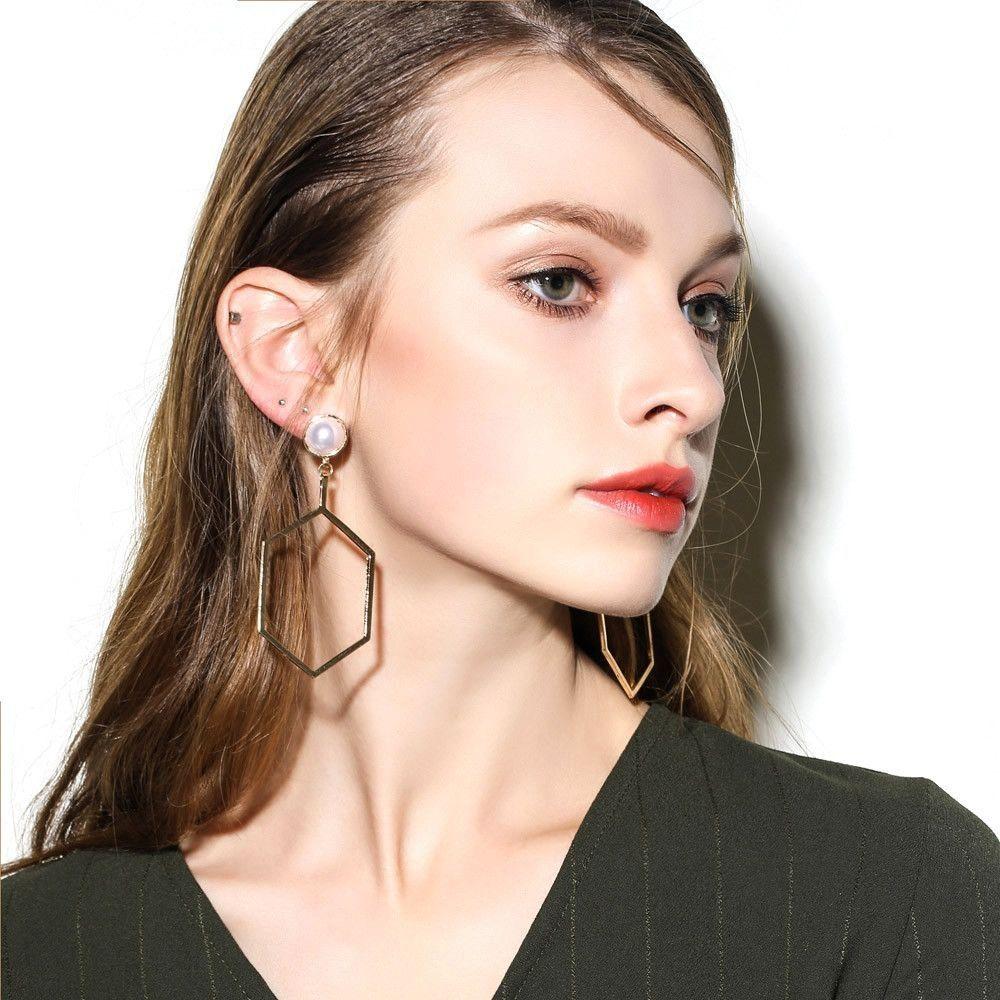 Neworldline 1Pair Punk Personality Charm Metal Earrings Ear Hook Stud Jewelry GD-Gold