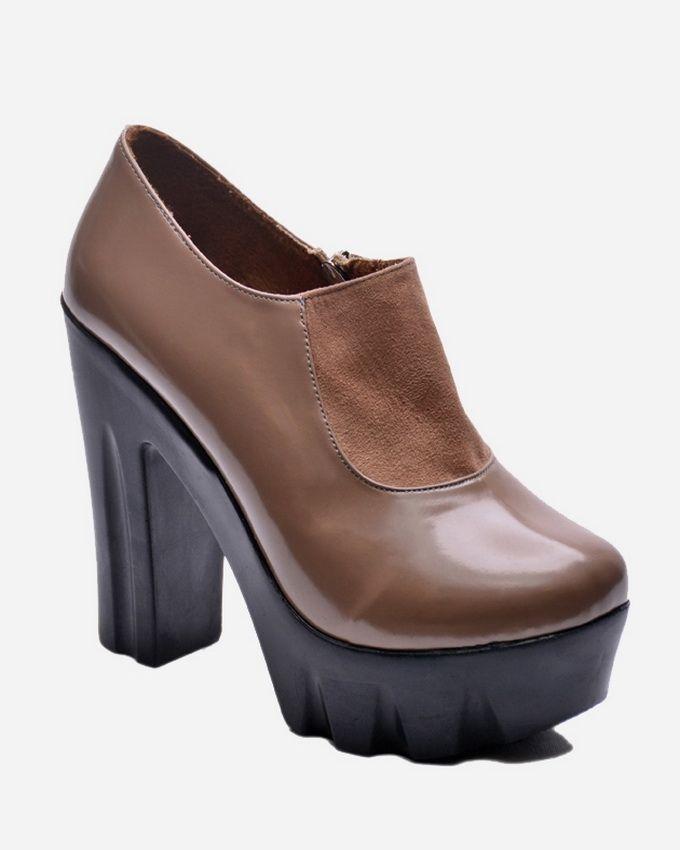402532e45 سعر Club Shoes Block Heel Shoes - Beige فى مصر | جوميا | أحذية طويلة ...