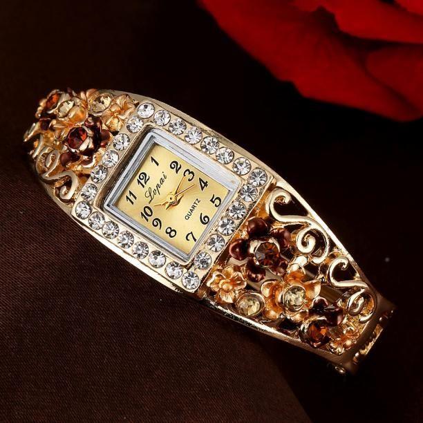 724451b68a65 Duoya LVPAI Vente Chaude De Mode De Luxe Femmes Montres Femmes Bracelet  Montre Wrist Watch-Yellow