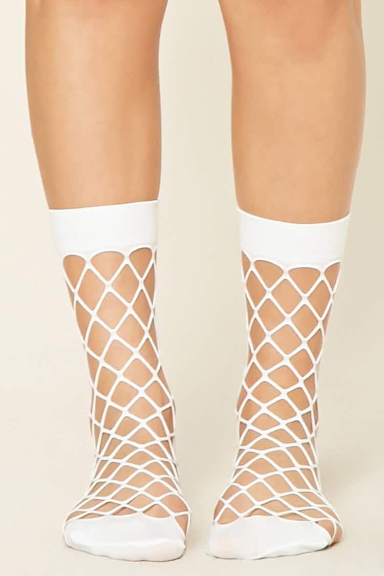 144d08295 Forever21 Sheer Fishnet Crew Socks   اكسسورات ملابس   كان بكام .كوم