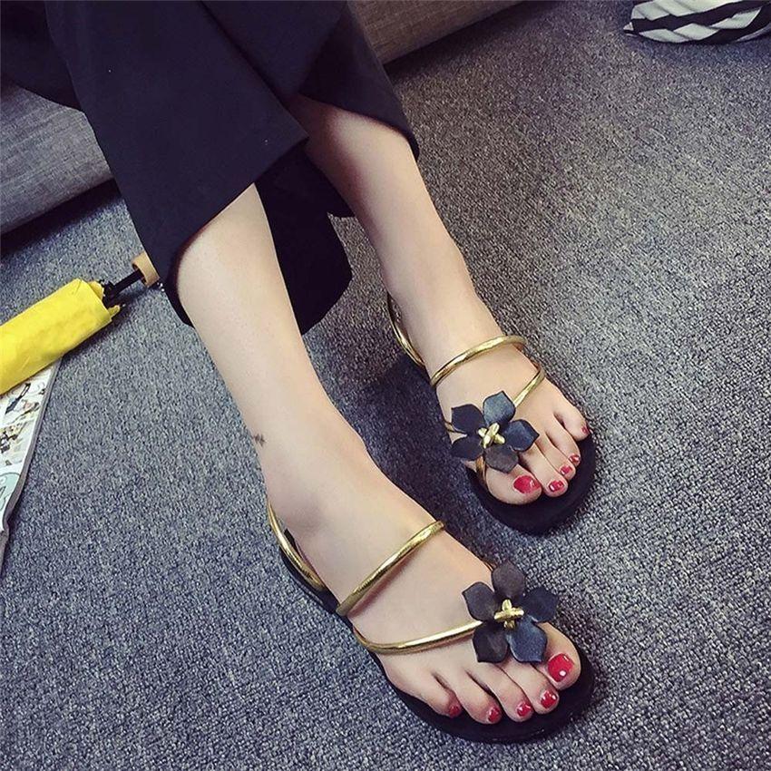 ad98315c67680 Neworldline Women Bohemia Lady Flower Weave Sandals Beach Peep-Toe Flip  Flops Shoes Slippers-Gold (EU Sizing)
