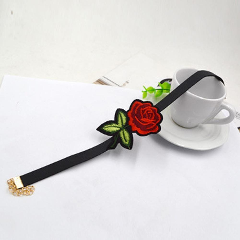 Fashion Classics Red Rose Flowers Black Velvet Necklace Choker Short
