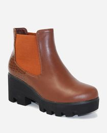 Slip on Boots - Brown