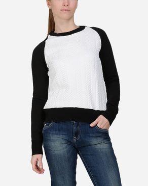 Wave Chevron Quilted Sweatshirt - White & Black logo