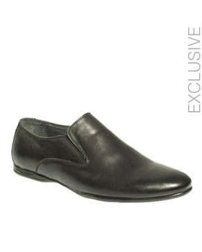 Gabbas Black Leather Slip On Casual Shoes logo