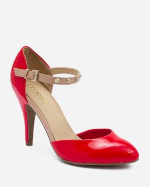 Zoom Red Patent Leather Sandals with Decorative Spikes At The Ankle Strap logo