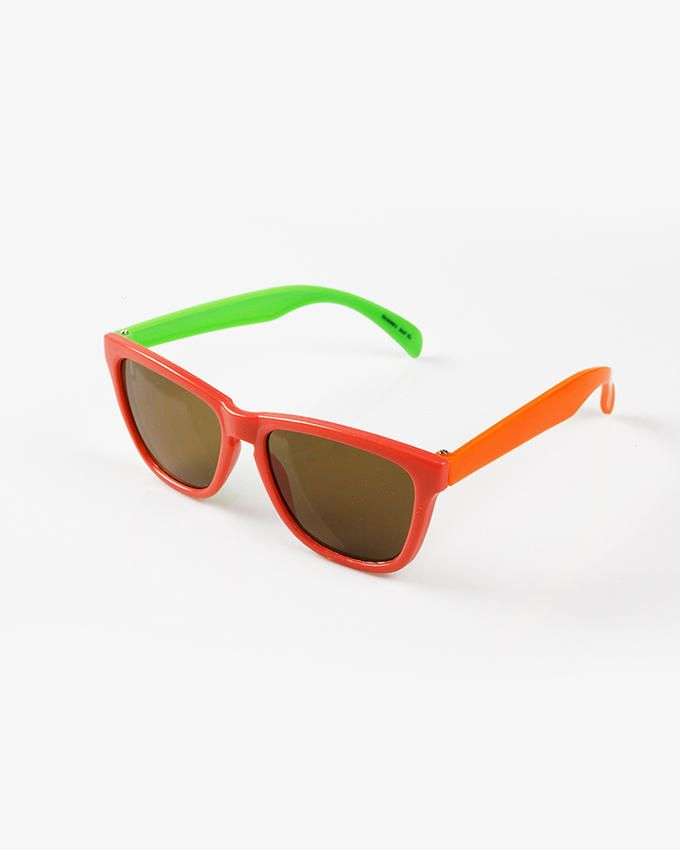 Ticomex Dual Color Vintage Butterfly Kids Sunglasses - Red Frame with Green Inner Oversized Handles logo