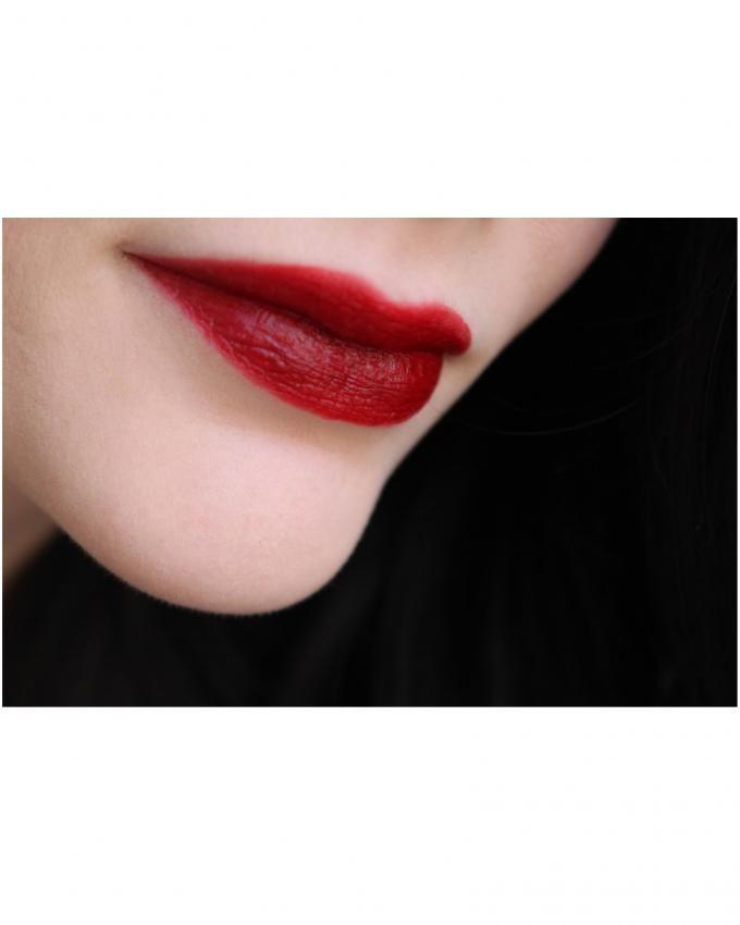 Rouge Edition Velvet Lip Gloss - 19 Jolie-de-vin